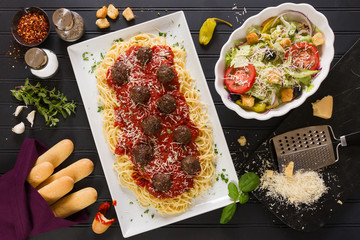 Spaghetti Dinner with Meatballs, Breadsticks and Salad