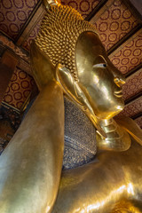 Goldener Buddha in Wat Pho