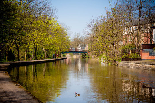 Buildings and canals in Nottingham, England