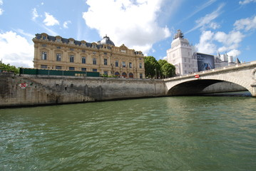 Conciergerie; waterway; river; bridge; canal