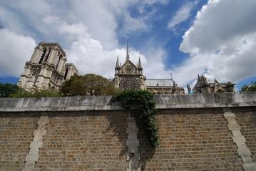 Notre Dame de Paris; sky; wall; historic site; cloud