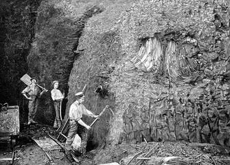 Arbeiter in einem Kohlebergwerk unter Tage