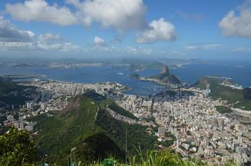 Botafogo Beach; Rio de Janeiro; sky; promontory; city; cloud