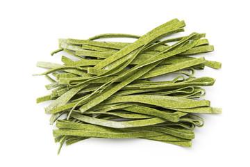 raw green tagliatelle macaroni with spinach gusto