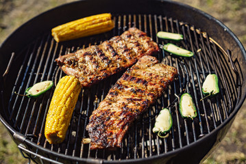 grilled ribs with corns