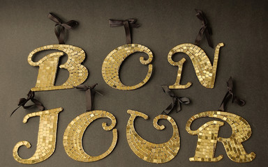 Gold BONJOUR