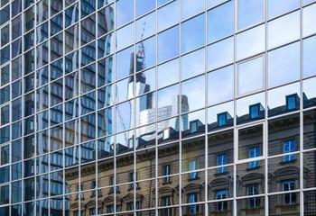 Architekturgegensätze in Frankfurt am Main