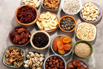 Composition with dried fruits and assorted healthy nuts