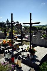 krzyże na cmentarzy