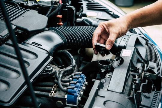 Check Car radiator,Check car yourself,Car maintenance,Check water in Car radiator self.
