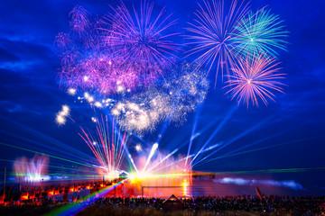 Feuerwerk an der Seebrücke Zingst.