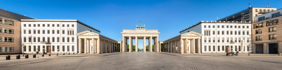 Wall Mural - Brandenburger Tor Panorama im Sommer, Berlin, Deutschland