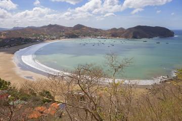 Никарагуа. Сан Хуан Дель Сур. Бухта. Сан Хуан Дель Сур это курорт на океаническом побережье в Никарагуа с роскошными пляжами.