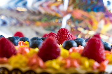 Fruit cake with own hands with berries