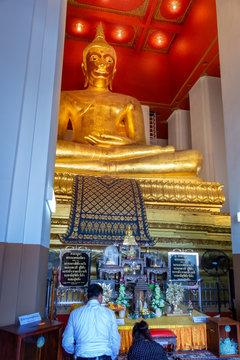 Goldene Buddha-Statue in Bangkok