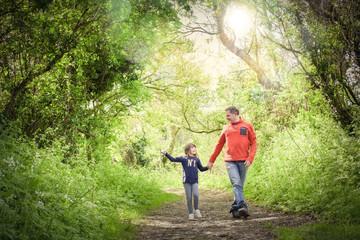 promenade avec son papa