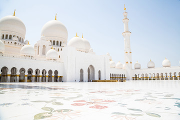 Canvas Prints Abu Dhabi Beautiful Sheikh Zayed Mosque in Abu Dhabi city on August 2015 with a pool all around it