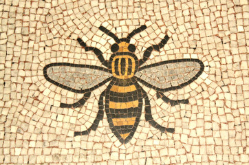 Photo sur Aluminium Bee Manchester bee mosaic