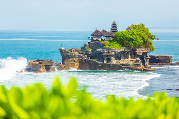 Foto auf Leinwand Bali Tanah Lot - Temple in the Ocean. Bali, Indonesia