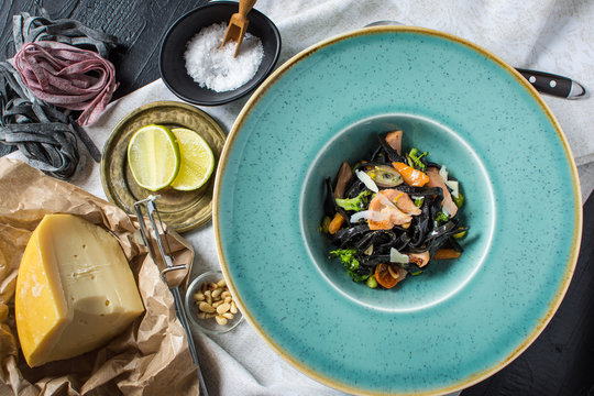 Cuttlefish Ink Black Spaghetti with Salmon and Vegetables