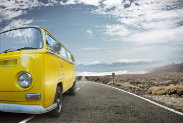 Picture of a yellow bus - vacation journey