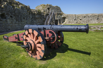 Cannon at Pevensey Castle in East Sussex Fototapete