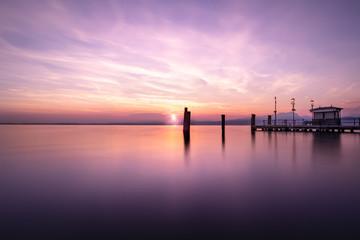 Coucher de soleil concept zen italie lac de garde