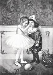 Mädchen putzt einem anderen Mädchen die Nase