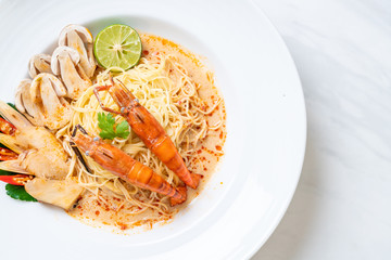 spicy shrimps spaghetti pasta (Tom Yum Goong)