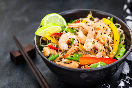 Delicious asian rice glass noodles with prawns and vegetables  (wok)