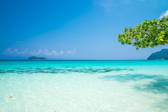 Crystal clear water of tropical island beautiful beach in sunny day - Summer breeze travel holiday