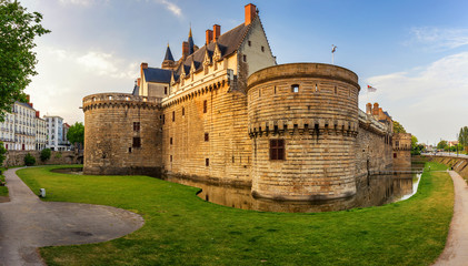 Castle of the Dukes of Brittany (Chateau des Ducs de Bretagne) in Nantes, France Fototapete