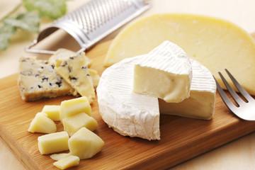 チーズの盛り合わせ Cheese platter
