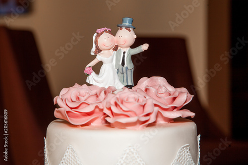 Hochzeitstorte Dreistockig Stock Photo And Royalty Free Images On