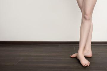 feet in ballet pose