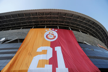 Galatasaray Turkish Super League Trophy Presentation