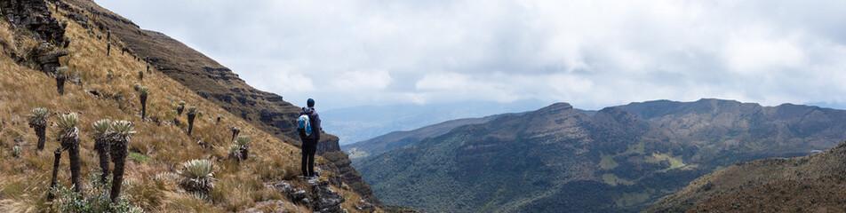 Randonneur dans le Páramo de Ocetá, Colombie