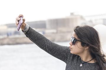 sacando selfie