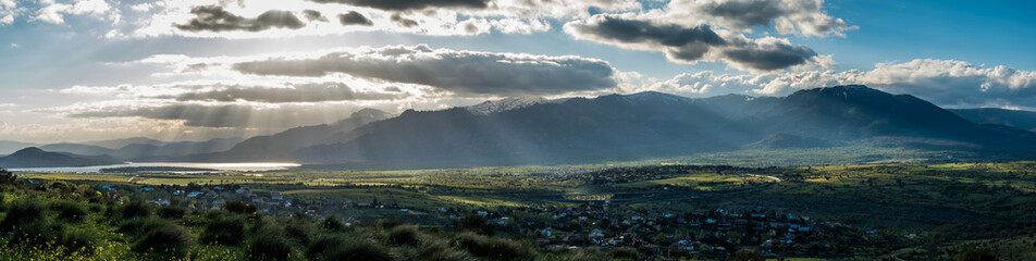 Photo sur Plexiglas Bleu vert Vista panorámica de la Sierra de Guadarrama