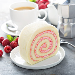 Vanilla roll cake with berry filling