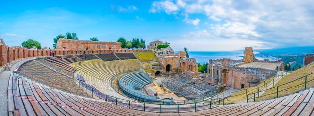 Teatro Antico di Taormina in Sicily, Italy Fototapete