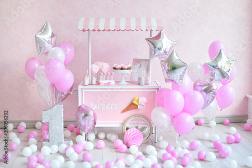 One Year Birthday Decorations For Holiday Party A Lot Of Balloons Pink And White Colors Princes