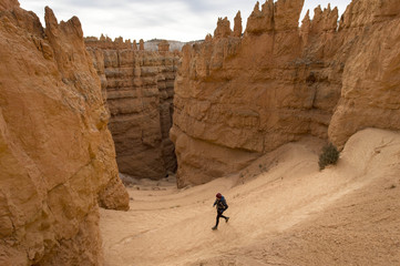 Woman hiking in Bryce Canyon National Park, Utah, USA