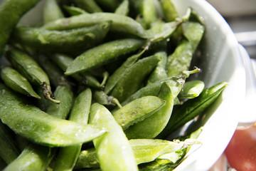 Pea pod close up food photography recipe idea