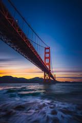 Fototapete - The Golden Gate Bridge at Sunset