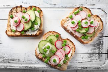 Healthy breakfast toasts
