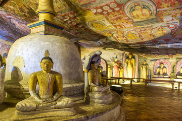 The golden temple of Dambulla is world heritage site and has a total of a total of 153 Buddha statues, three statues of Sri Lankan kings and four statues of gods and goddesses