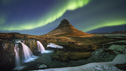 northern light aurora at kirkjufell iceland
