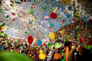Poster Carnaval confetti falling during a festival or carnival in the city