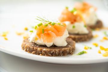 Spoed Fotobehang Voorgerecht Norwegian Smoked Salmon Canapés with Cream Cheese